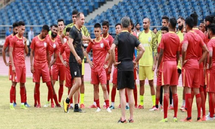 भारतीय फुटबाल टीम- India TV Hindi