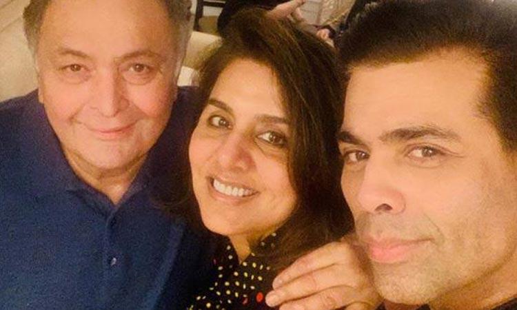 Karan Johar meets Rishi Kapoor and Neetu Kapoor in New York- India TV Hindi