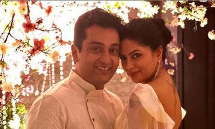 Kavita Kaushik with her husband Ronnit Biswas- India TV Hindi