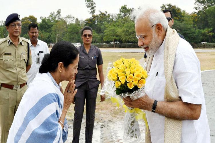 Mamata Banerjee may present at PM Narendra Modi's oath-taking ceremony- India TV Hindi