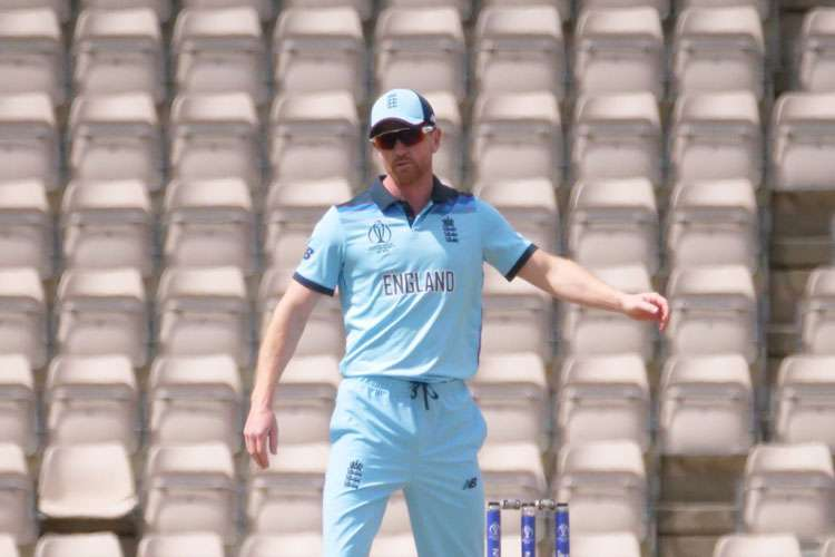 Englands assistant coach Paul Collingwood on field against Australia warm-up Match- India TV Hindi