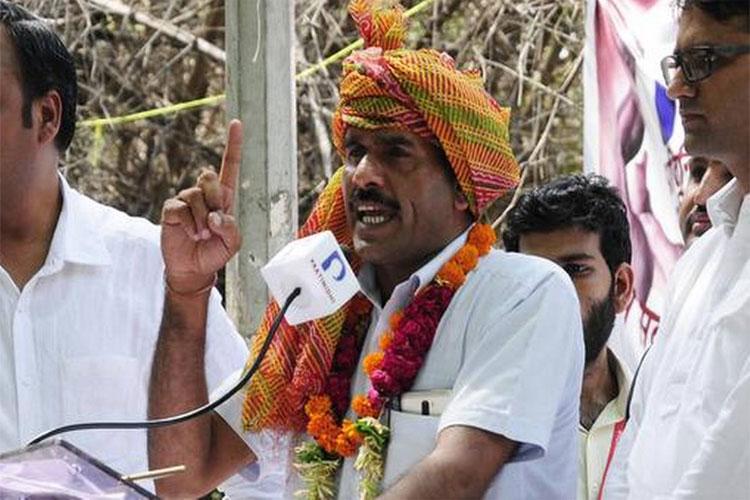 Tej Bahadur Yadav's nomination suspended from Varanasi Lok Sabha Seat- India TV Hindi