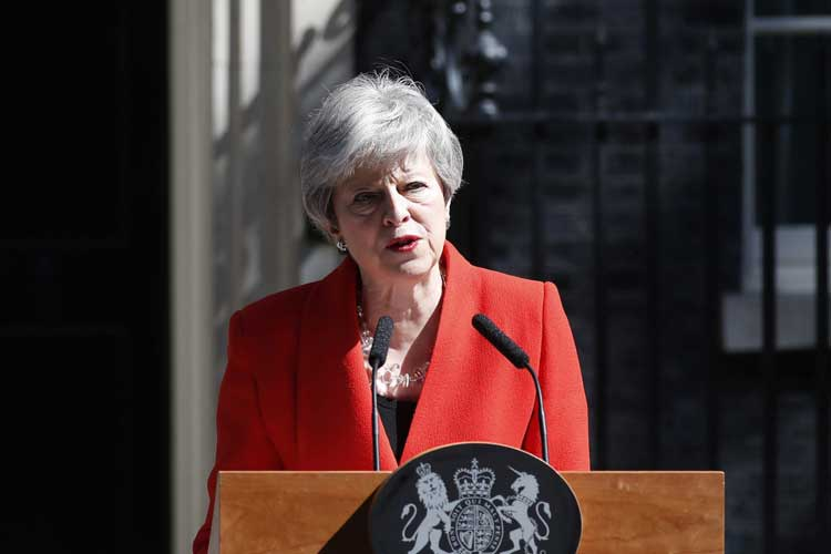 British Prime Minister Theresa May announces...- India TV Hindi