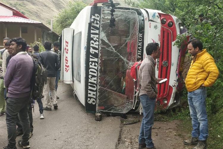Himachal Pradesh Bus Accident- India TV Hindi