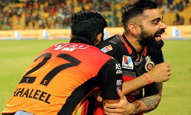विराट कोहली और खलील...- India TV Hindi