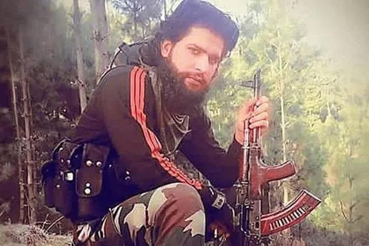 कश्मीर के त्राल में मारा गया आतंकियों का पोस्टर ब्वॉय जाकिर मूसा - India TV Hindi