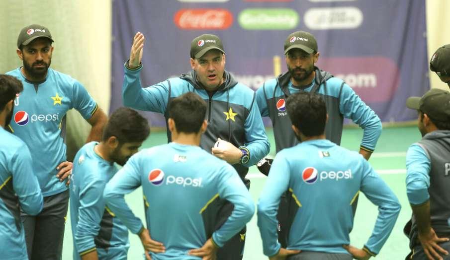 दक्षिण अफ्रीका पर जीत के बाद बोले पाकिस्तान के कोच- भारत के खिलाफ हार से दुखी थे खिलाड़ी पर अब जोश स- India TV Hindi