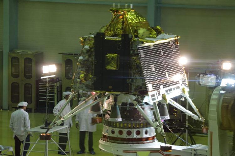 Chandrayaan 2 to be launched at 2:51 am on July 15th says ISRO- India TV Hindi
