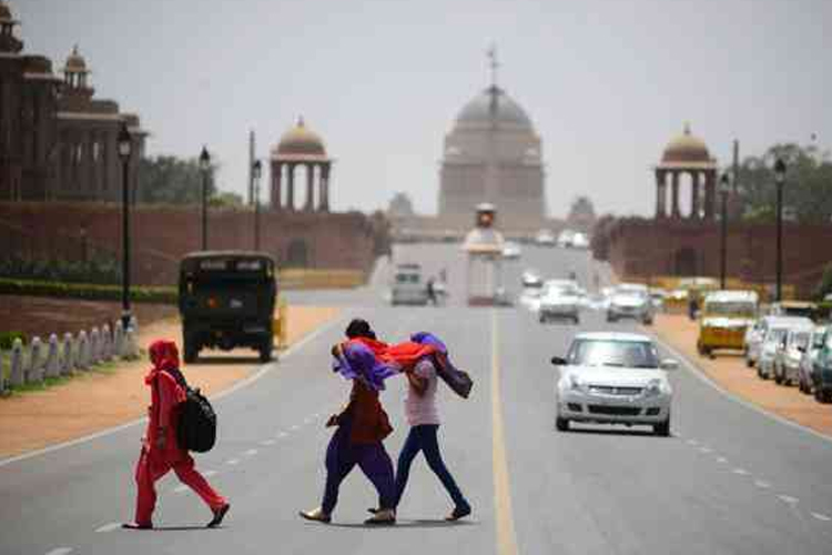दिल्ली में आज बारिश होने, धूल भरी आंधी आने की संभावना- India TV Hindi