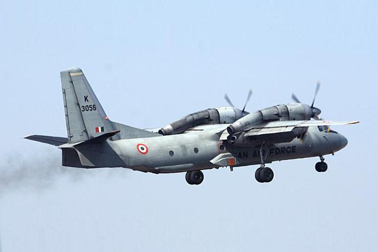 लापता एएन-32 विमान की तलाश में बड़े पैमाने पर अभियान जारी- India TV Hindi
