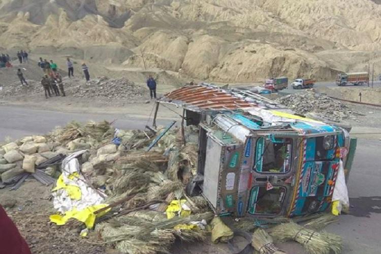 leh accident- India TV Hindi