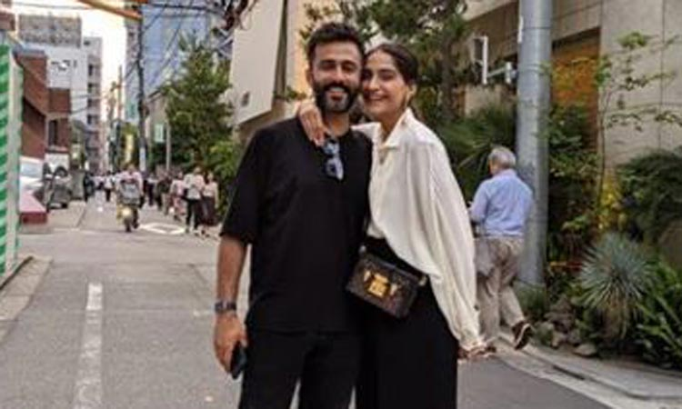 Sonam Kapoor, Anand Ahuja- India TV Hindi