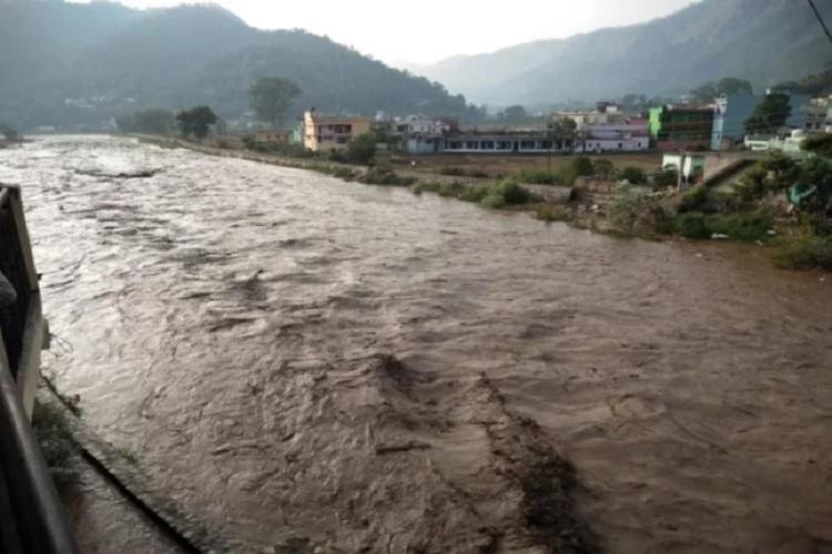 Cloud burst in Almora and chamoli of Uttrakhand- India TV Hindi