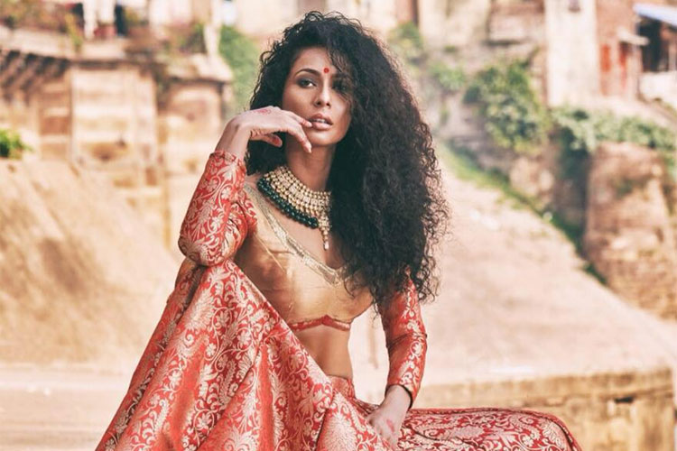 7 arrested after model-actor Ushoshi files complaint against bikers harassing, beating Uber driver- India TV Hindi