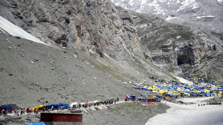 Amarnath Yatra crosses last year's mark of 2.85 lakh in 22 days- India TV Hindi