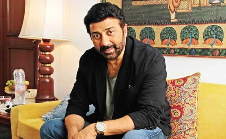 Sunny Deol issues statement on controversy of appointment of hi representative for Gurdaspur Lok Sab- India TV Hindi