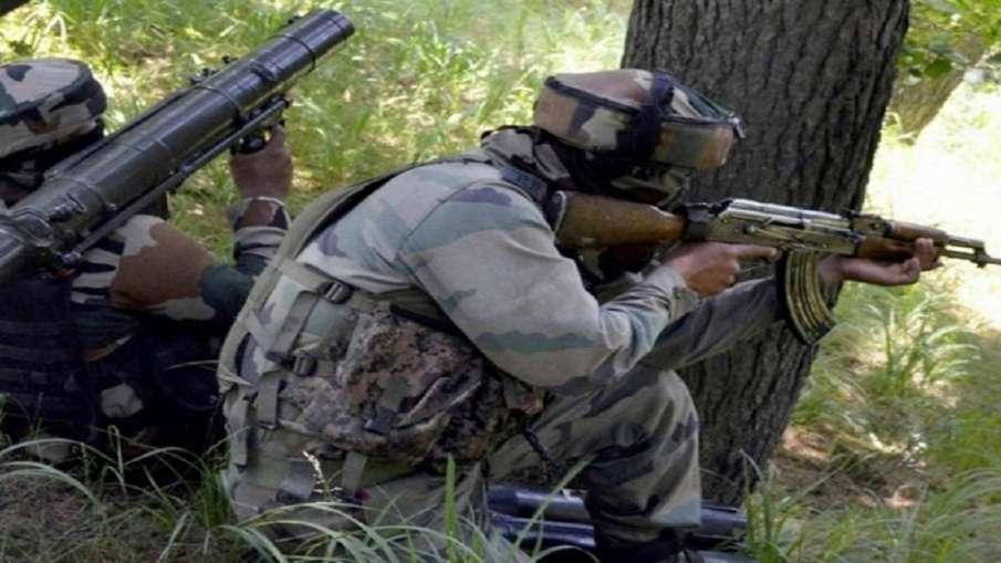 Pakistani intruder shot dead by BSF on International...- India TV Hindi