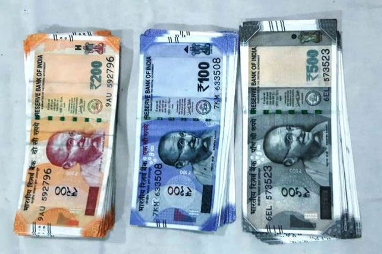 Two arrested for smuggling fake currency notes near Rajasthan border area- India TV Hindi