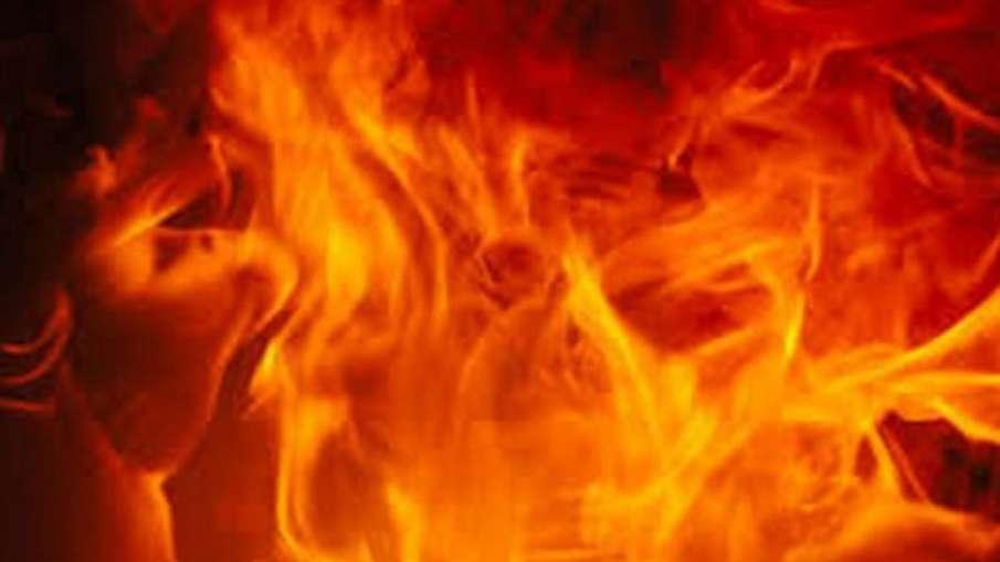 Fire at Shantivan Building in Mumbai- India TV Hindi
