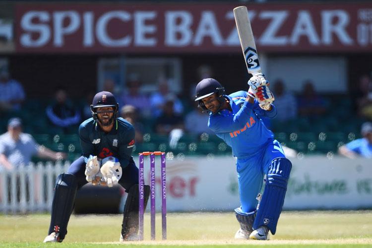 वर्ल्ड कप 2019: विजय शंकर की जगह इस दिन भारतीय टीम से जुड़ेंगे मयंक अग्रवाल- India TV Hindi