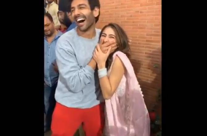 sara and karthik- India TV Hindi
