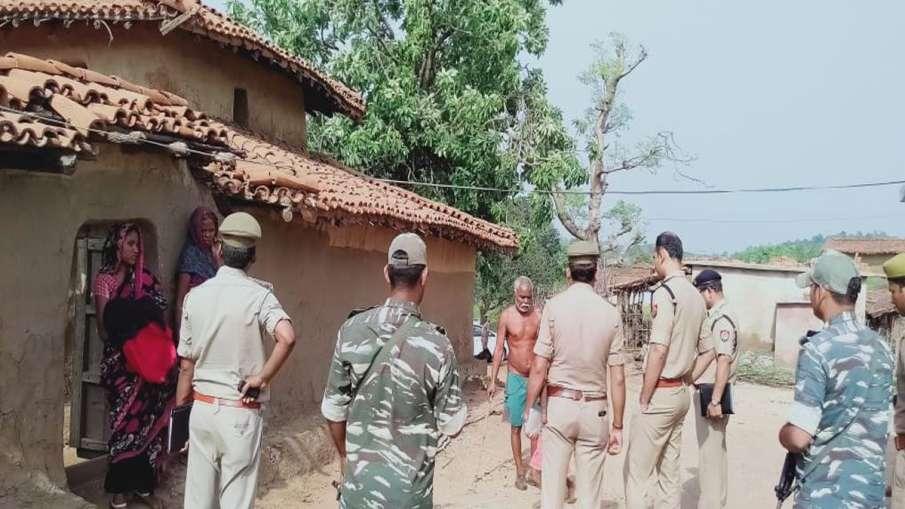 जमीन विवाद में बिछा दी लाशें, हमले में 3 महिलाओं समेत 10 की मौत- India TV Hindi