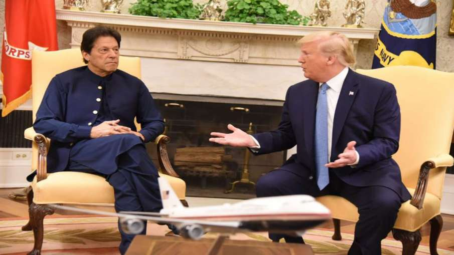 Donald Trump offers to mediate between Pakistan and India on Kashmir issue- India TV Hindi
