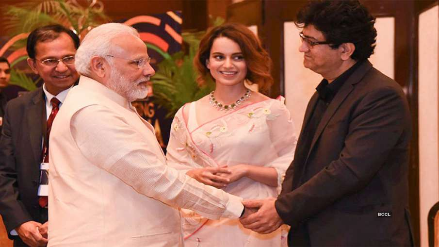 Kangana Prasoon Joshi with PM Modi- India TV Hindi