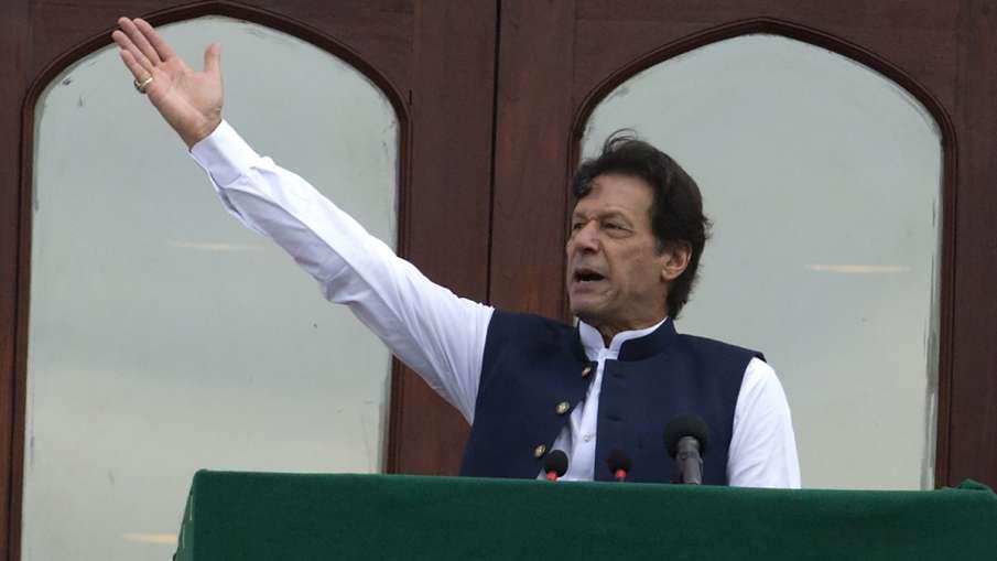 Pakistan PM Imran Khan criticizes world community for silence over Kashmir issue- India TV Hindi
