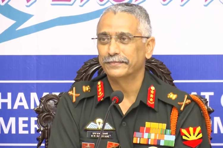 Head of Eastern Army Command Lieutenant General MM...- India TV Hindi