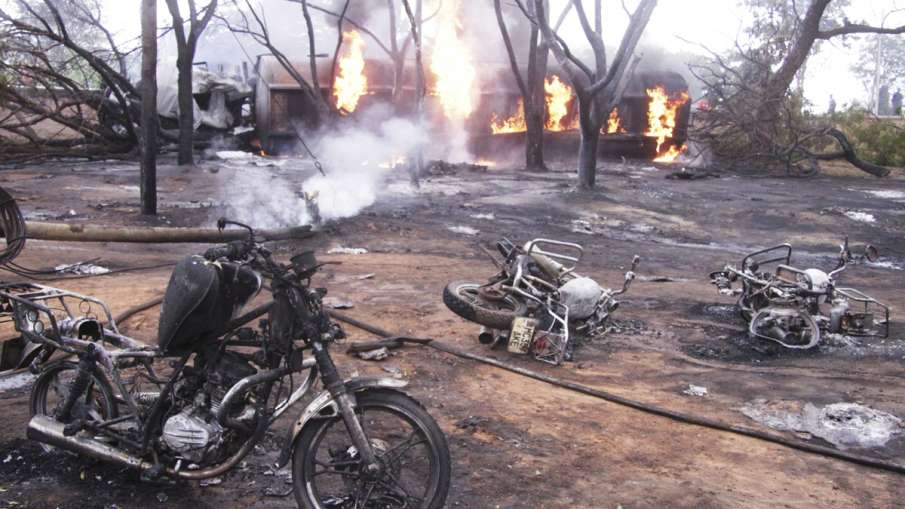 Several people killed in a fuel tanker explosion in Tanzania | AP- India TV Hindi