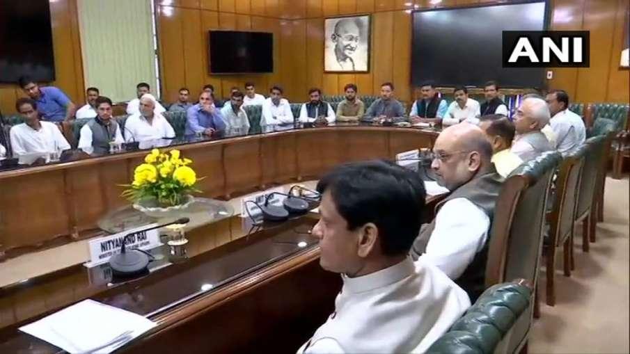 Amit Shah meets with Jammu & Kashmir Panchayat heads in Home Ministry at Delhi- India TV Hindi