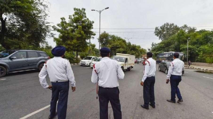Traffic police- India TV Hindi