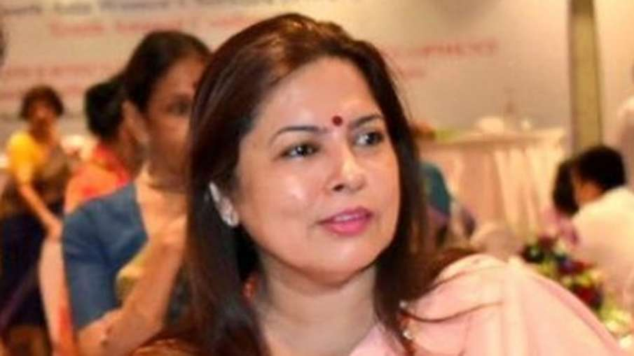 Drink water from cupped hands, says BJP MP Meenakshi Lekhi | Facebook- India TV Hindi