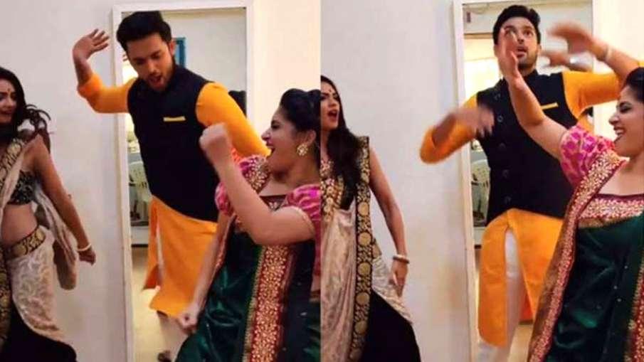 Dhagala Lagali गाने पर डांस करते पार्थ, पूजा और शुभावी- India TV Hindi