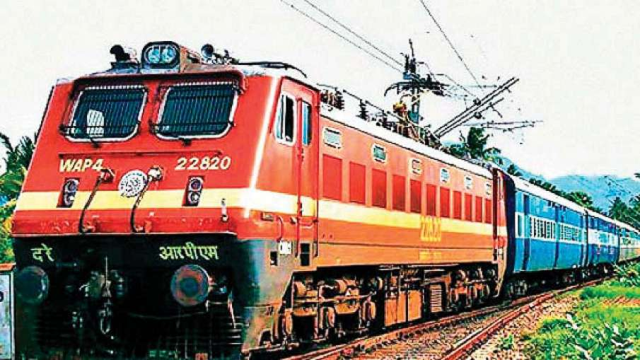 Railway Recruitment 2019 Over 2500 posts on offer by...- India TV Hindi