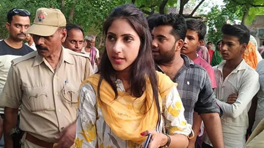 Congress Rae Bareli MLA Aditi Singh defies party's boycott call, attends UP assembly session- India TV Hindi