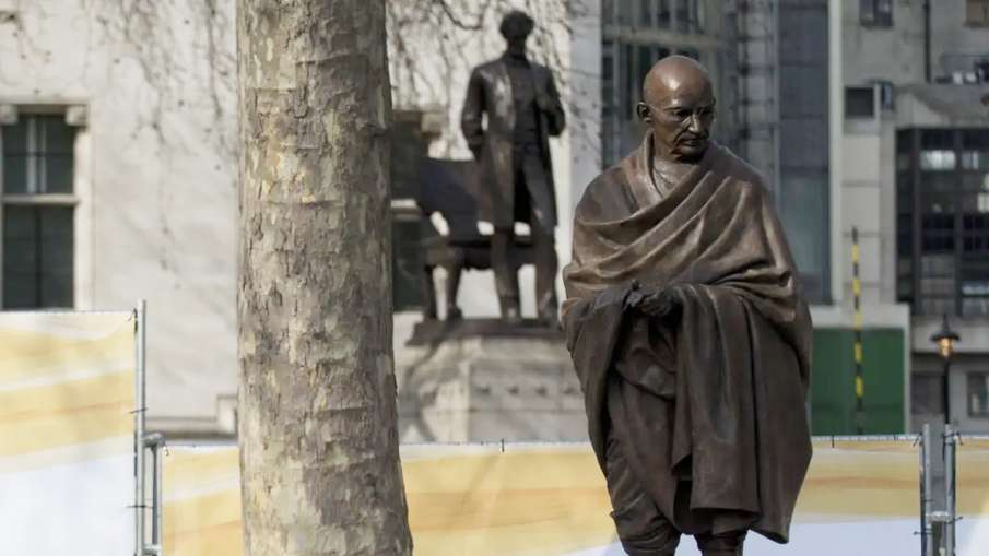 Gandhi statue proposal in Manchester sees Indian and Pakistani students go head-to-head- India TV Hindi