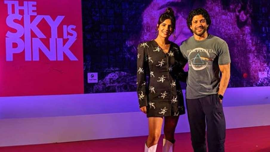 Farhan Akhtar and Priyanka Chopra in The Sky Is Pink- India TV Hindi