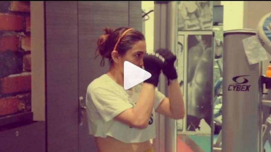 Sara ali khan boxing video- India TV Hindi