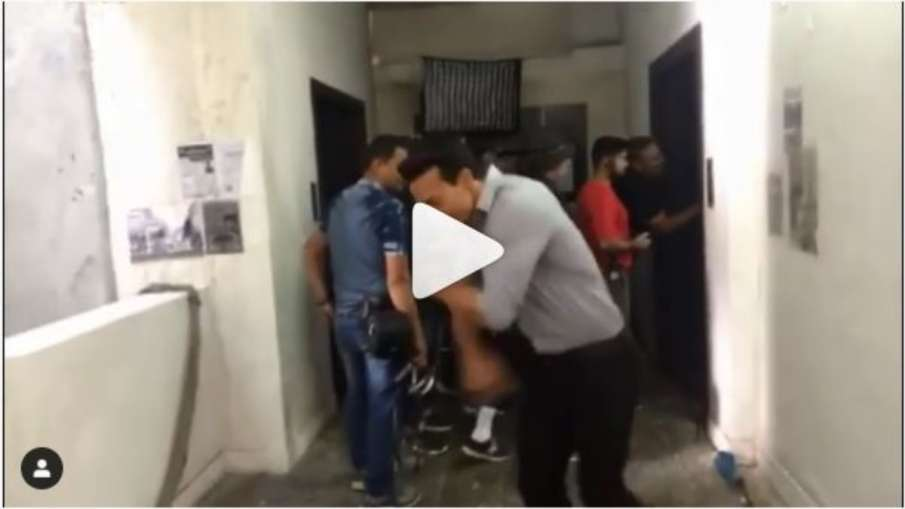 Tiger shroff dance on hrithik roshan song- India TV Hindi