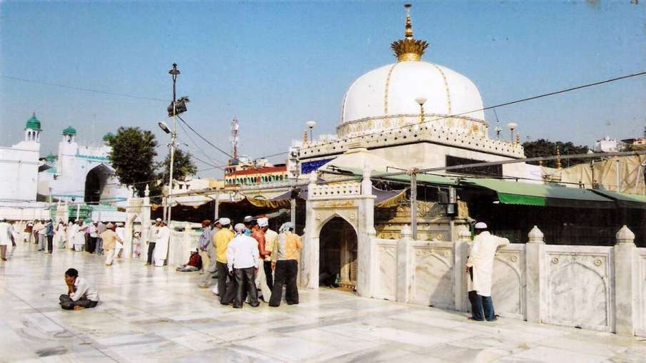 We respect, accept verdict, says Ajmer Dargah; appeals for peace- India TV Hindi