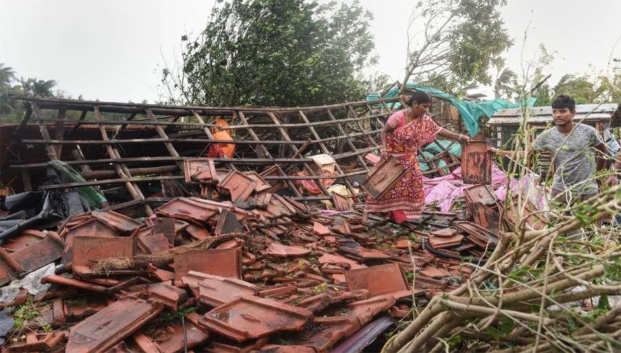bulbul cyclone toll, Mamata Banerjee, Narendra Modi, मौसम विभाग, बुलबुल तूफान, फेरी सर्विस, कोलकाता - India TV Hindi
