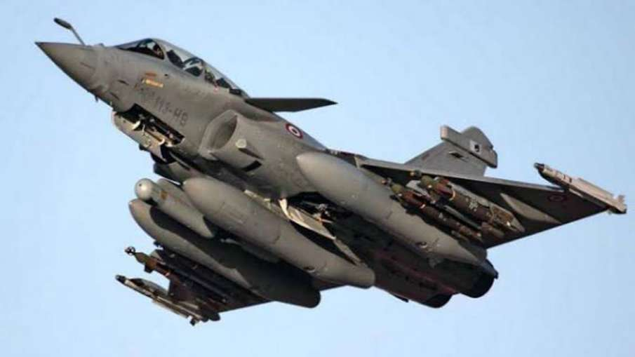 Three Rafale fighter jets handed overIndia, training IAF pilots underway in France- India TV Hindi