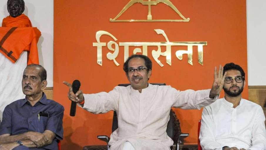 Shiv Sena Chief Uddhav Thackeray with Yuva Sena Chief...- India TV Hindi