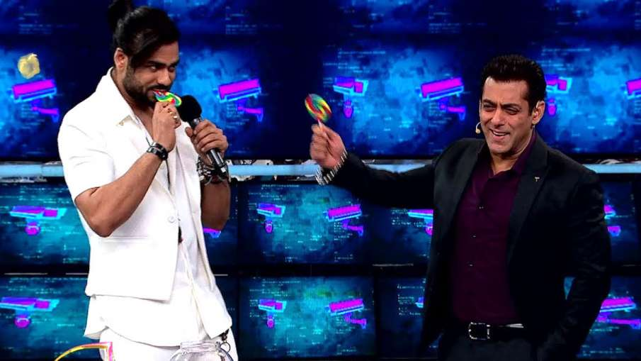 Bigg Boss 13 Weekend Ka Vaar: Vishal Aditya Singh with Salman Khan- India TV Hindi