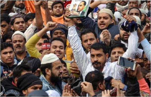 जामा मस्जिद से भीम आर्मी प्रमुख चंद्रशेखर रावण गिरफ्तार, भीड़ को उकसाने का आरोप- India TV Hindi
