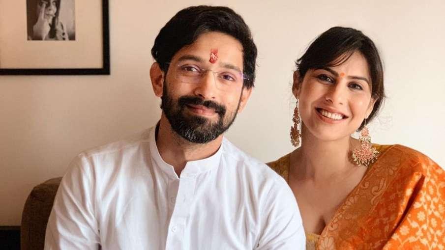 विक्रांत मेस्सी ने गर्लफ्रेंड से की सगाई- India TV Hindi