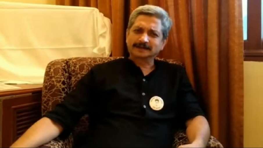 मुंबई यूनिवर्सिटी ने एकेडमी ऑफ थिएटर आर्ट्स विभाग के डायरेक्टर योगेश सोमन- India TV Hindi