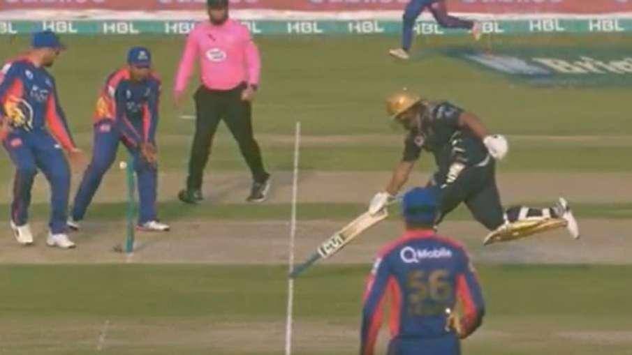 PSL: मोईन खान के बेटे...- India TV Hindi